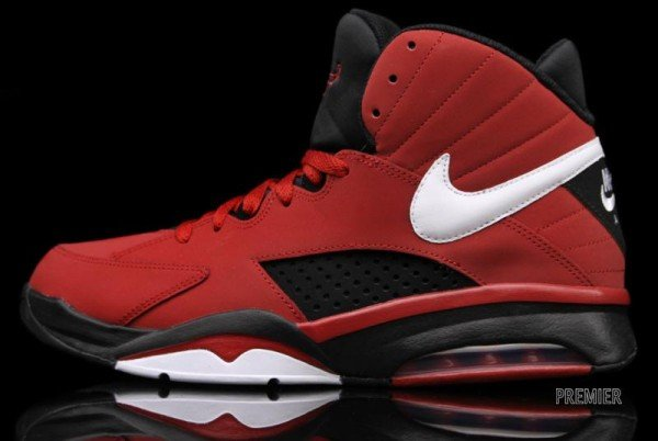 brand new 571ba d56cd Nike Air Maestro Flight Varsity Red - Now Available