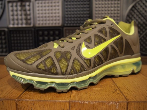 Nike Air Max 2011 - Holiday 2011