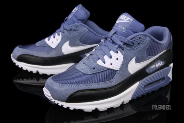 "Nike Air Max 90 ""Ocean Fog"" - Now Available"