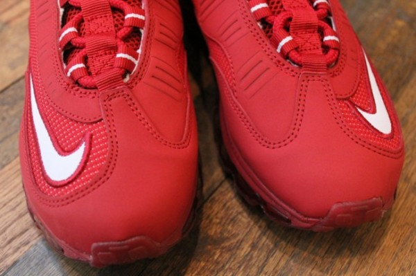 Nike Air Max Jr. Cincinnati Reds - Available Early