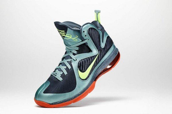 Nike LeBron 9 Cannon - Delayed