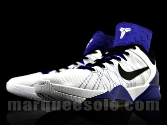 Nike Zoom Kobe VII - White/Concord