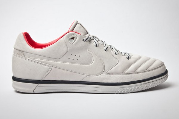 Nike5 Streetgato CR7 - Light Bone/Dark Obsidian/Solar Red - Release Date + Info