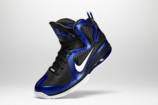 """Release Reminder: Nike LeBron 9 """"Kentucky"""""""