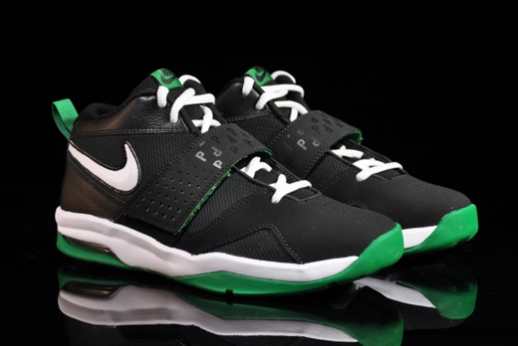 Nike Air Legacy 3 GS     Paul Pierce   Now AvailableNike Air Legacy 3