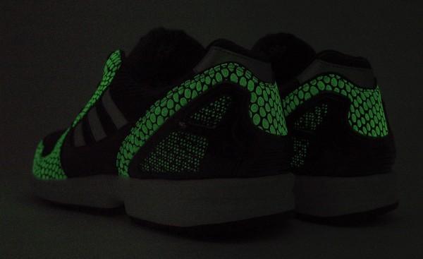 adidas-originals-atmos-zx-8000-g-snk2-8