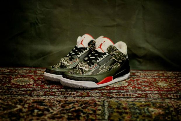 air-jordan-iii-3-retro-spitfire-customs-by-sbtg-1