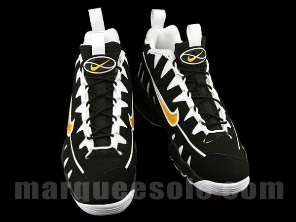 nike-air-max-nm-black-white-maize-5
