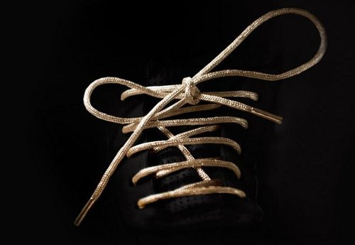 mr-kennedy-gold-shoelaces-1