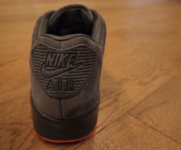 nike-air-max-90-vac-tech-greyorange-2