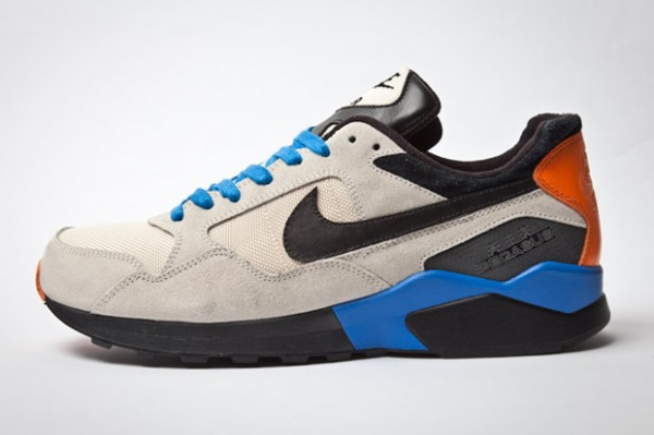 nike-air-pegasus-92-holiday-2011-3