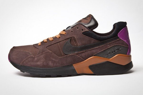 nike-air-pegasus-92-holiday-2011-4