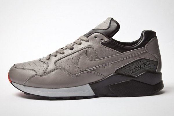 nike-air-pegasus-92-holiday-2011-5