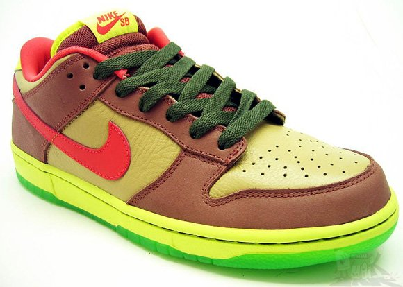 Nike Dunk SB Low Toxic Avenger Halloween Sneakers