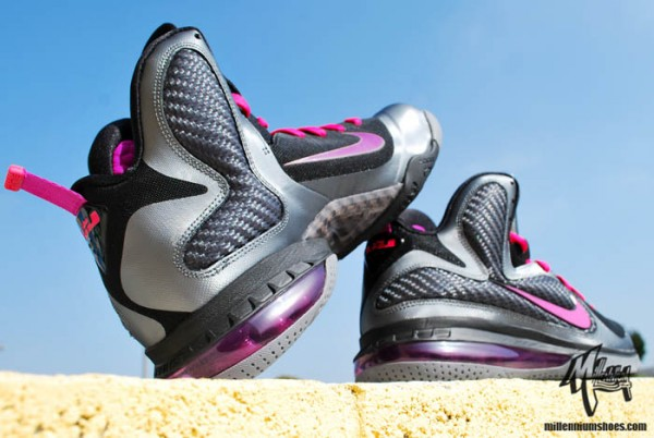 nike-lebron-9-miami-nights-2