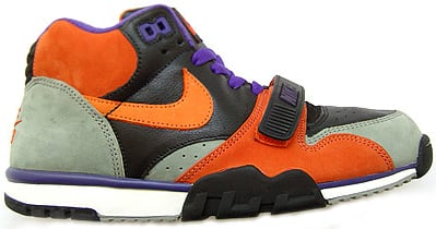 Nike SB Trainer 1 Dawn of the Dead Halloween Sneakers