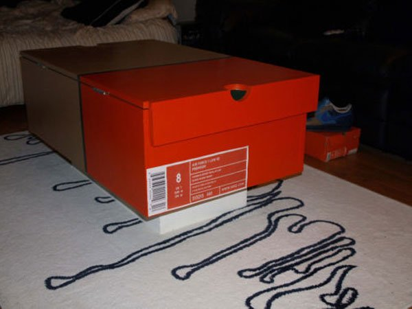 nike-shoe-box-coffee-table-1