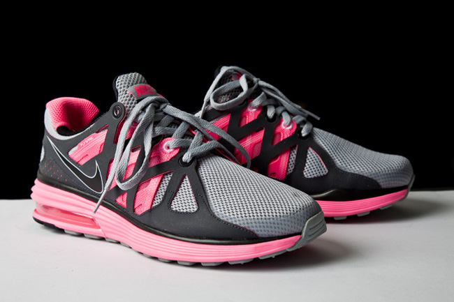 Nike Women s LunarMax+ 2 – First Look ab9576066