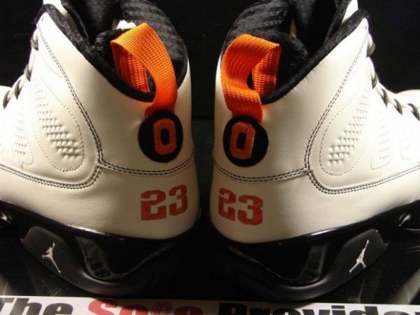 Air Jordan IX Oregon State PE - Another Look