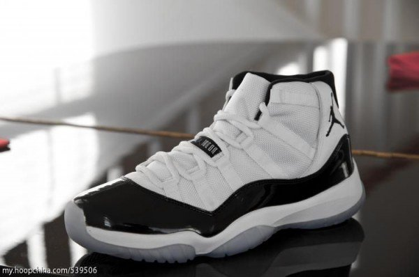 Air Jordan XI Retro Concord - Another Look