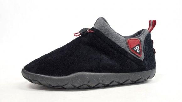 Nike ACG Air Moc 1.5 - Black and Sand
