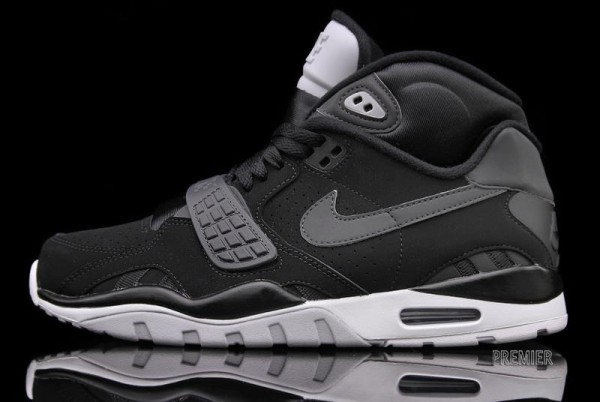 Nike Air Trainer SC II 'Black Nubuck' - Now Available