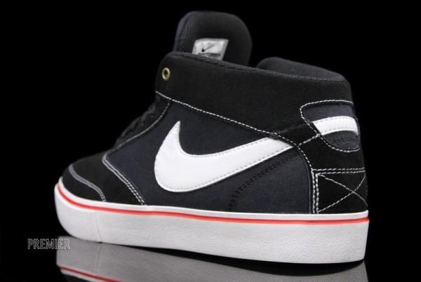 Nike SB Omar Salazar LR - Now Available