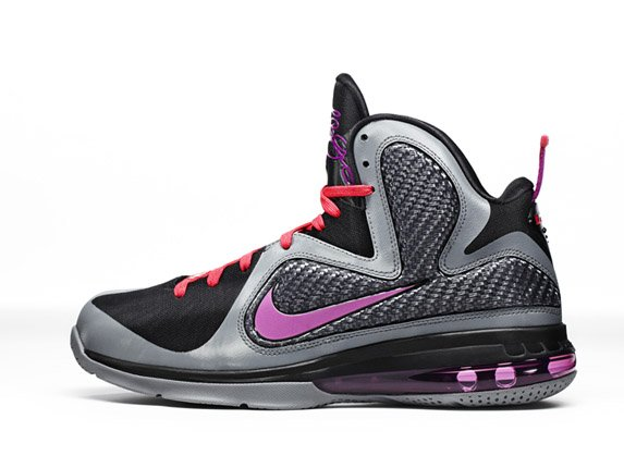 "Release Reminder: Nike LeBron 9 ""Miami Nights"""