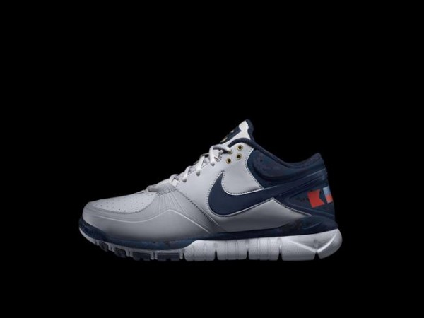 Release Reminder: Nike Trainer 1.3 Mid Shield Rivalry 'Navy and Army'