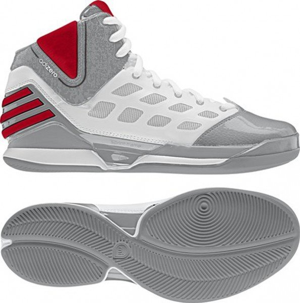 Derrick Rose Plays in the adidas adiZero Rose Dominate