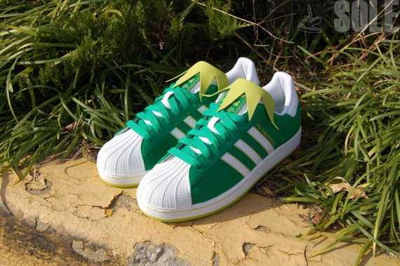 adidas-originals-superstar--ii-muppets-kermit-the-frog-2
