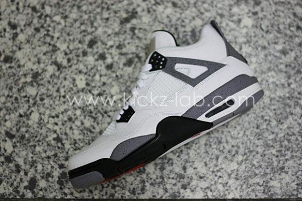 air-jordan-iv-4-tech-grey-10