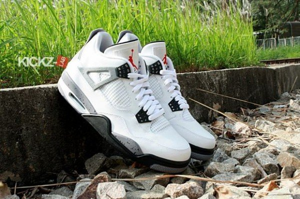 air-jordan-iv-4-tech-grey-9