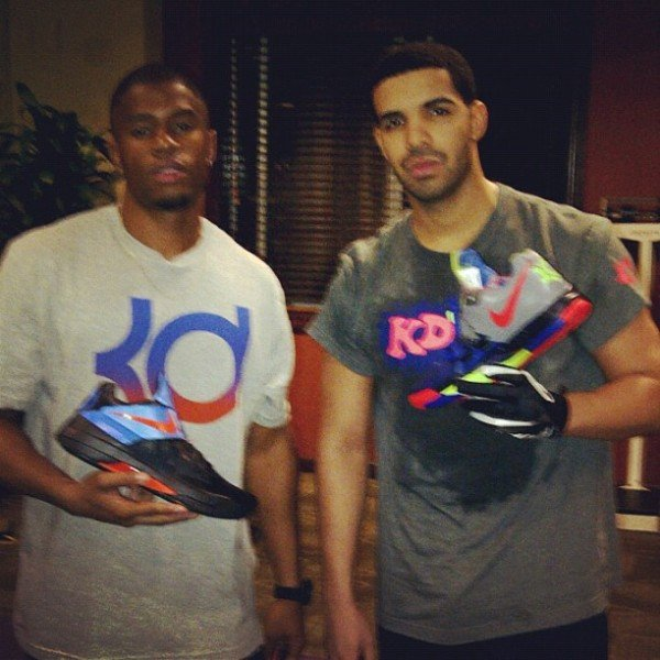 Celebrity Sneaker Watch Drake Shows Off His Nike Zoom Kd Iv Nerf