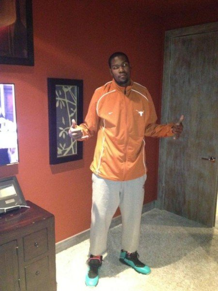 celebrity-sneaker-watch-kevin-durant-shows-longhorn-pride-in-nike-lebron-south-beach-8-2