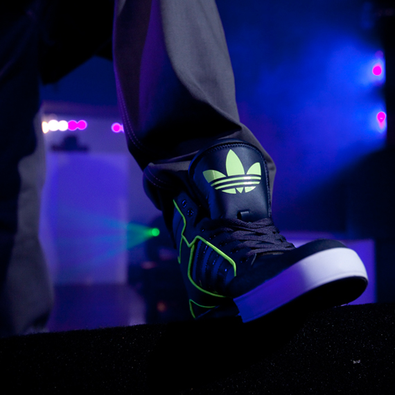 champs-adidas-originals-adicolor-commercial-bob-3