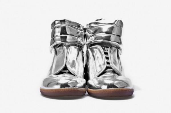 maison-martin-margiela-sci-fi-sneaker-metallic-2