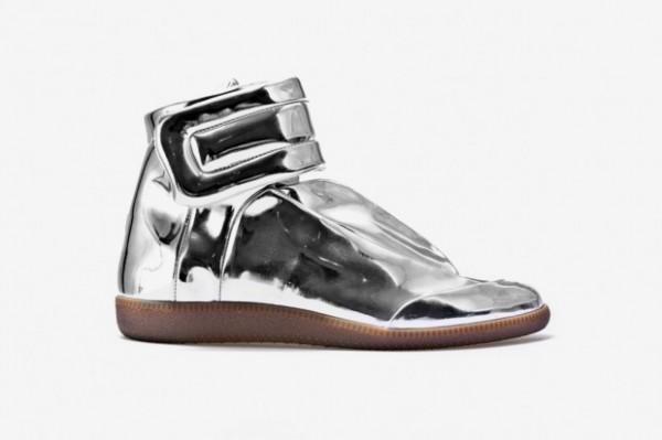 maison-martin-margiela-sci-fi-sneaker-metallic-3