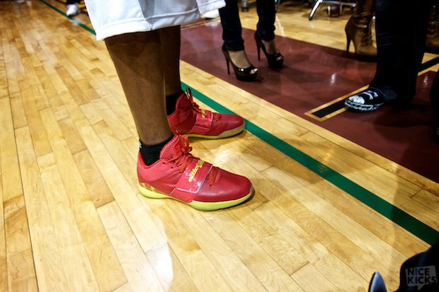 marquis-daniels-under-armour-micro-g-bloodline
