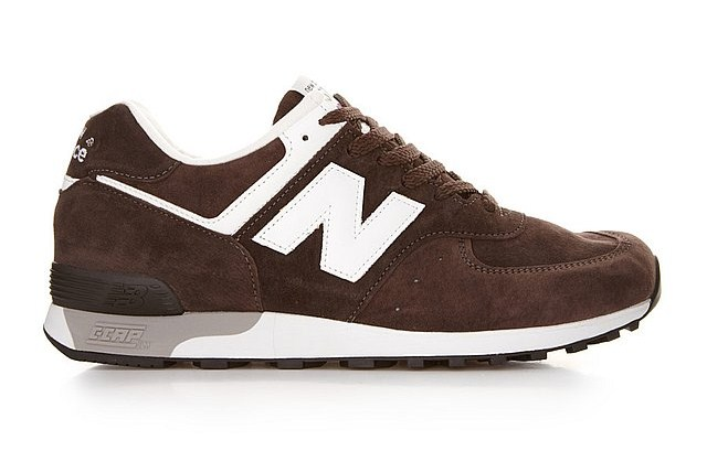 new-balance-m576bcl-made-in-england-holiday-2011-now-available-1