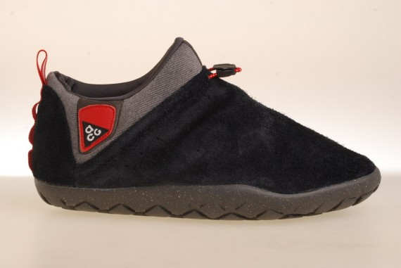 nike-acg-air-moc-1.5-holiday-2011-4