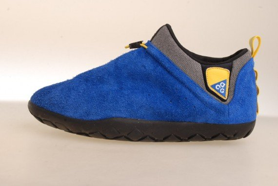 nike-acg-air-moc-1.5-holiday-2011-5