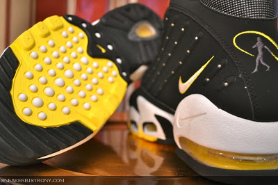 nike-air-griffey-max-ii-blacktour-yellow-2