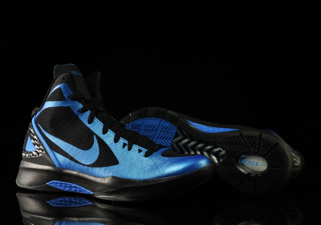 sale retailer 99ac7 95108 Nike Zoom Hyperdunk 2011 – Photo Blue + Black