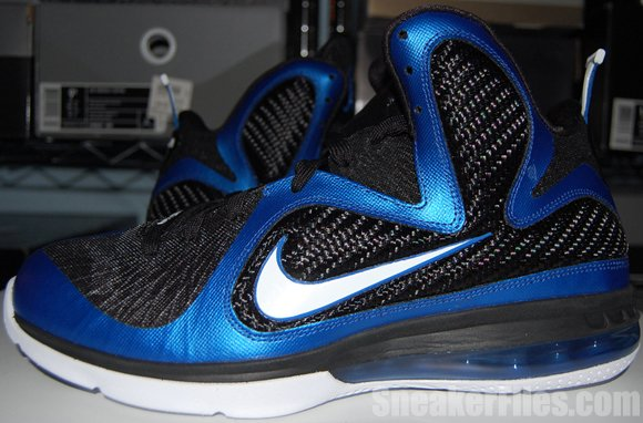 Video: Nike LeBron 9 Kentucky Wildcats