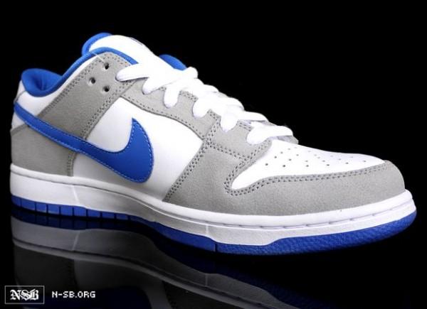 nike-sb-dunk-low-varsity-royal-white-2012-4