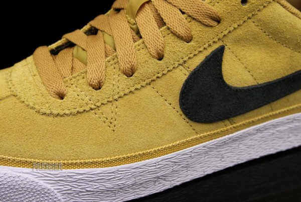 nike-sb-zoom-bruin-golden-straw-now-available-3