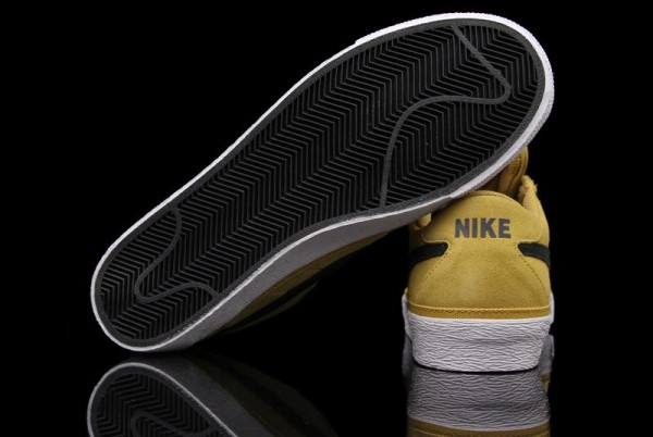 nike-sb-zoom-bruin-golden-straw-now-available-6