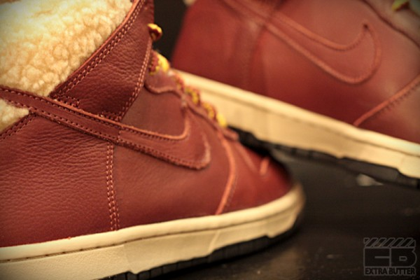 nike-womens-dunk-hi-6.0-premium-sherpa-now-available-4
