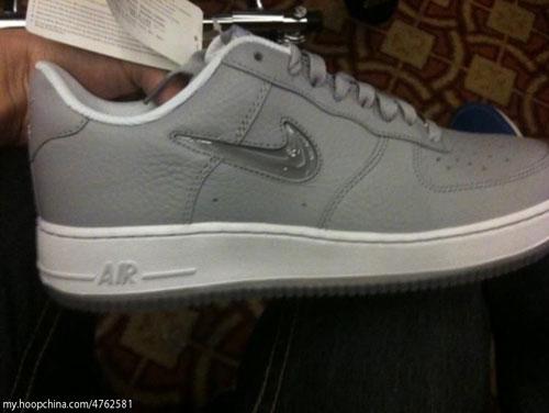 Nike Air Force 1 To Return Jewel Swoosh